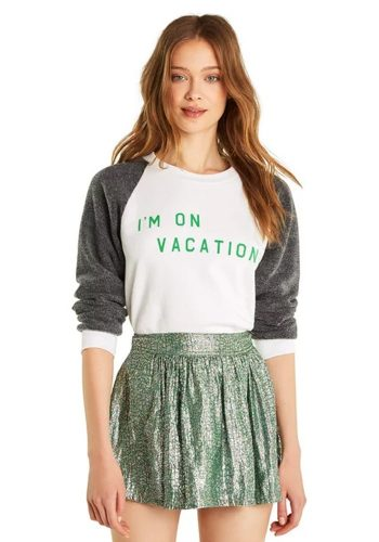 WILDFOX I'M ON VACATION JUNIOR SWEATER - CLEAN WHITE / CLEAN BLACK