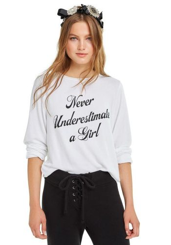 WILDFOX NEVER UNDERESTIMATE A GIRL BAGGY BEACH JUMPER - CLEAN WHITE