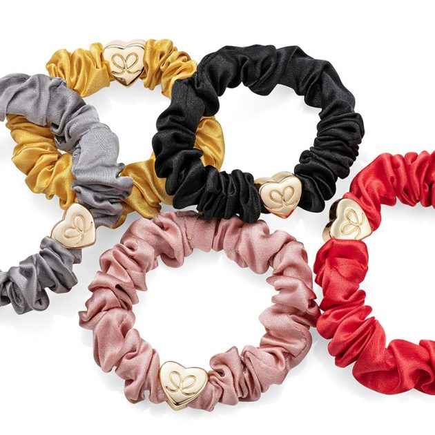 GoldHeart-Scrunchie-Lifestyle02-ByEloise