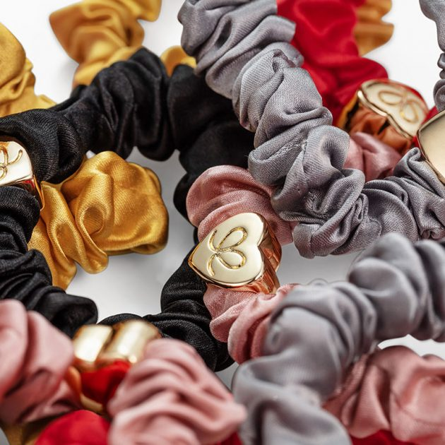 GoldHeart-Scrunchie-Lifestyle03-ByEloise
